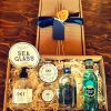 Luxury Scottish 20cl Sea Glass Gin & Hoods Honey Hamper